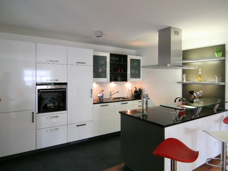 k chen welcome home immobilien. Black Bedroom Furniture Sets. Home Design Ideas