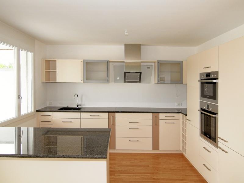 wohnzimmer kuche offen raum und m beldesign inspiration. Black Bedroom Furniture Sets. Home Design Ideas