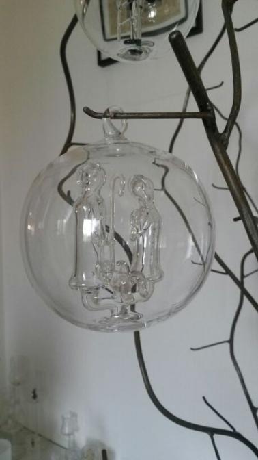 glaskugeln luzern unsere beliebten glaskugeln. Black Bedroom Furniture Sets. Home Design Ideas
